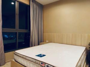 เช่าคอนโดบางนา แบริ่ง : ไอดีโอ โมบิ สุขุมวิท–อีสท์เกต ขนาด 23.5 ตรม ห้องมุม ส่วนครัวแยก  เป็นสัดส่วน ชั้น 16