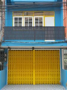 เช่าตึกแถว อาคารพาณิชย์อ่อนนุช อุดมสุข : ให้เช่าอาคารพาณิชย์ 3 ชั้น ซอยอุดมสุข 25 ถนนสุขุมวิท 103
