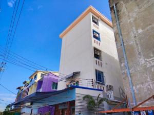 For SaleBusinesses for salePinklao, Charansanitwong : 5-Storey Dormitory for SALE, Good Location, Full Tenants