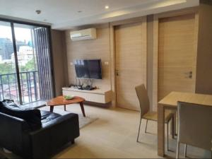 For SaleCondoSilom, Saladaeng, Bangrak : Urgent Sale!!! Klass Silom Very good price and cheap price. High floor, Poor View.   ขายด่วน คลาส สีลม ราคาถูก ชั้นสูง วิวสระ