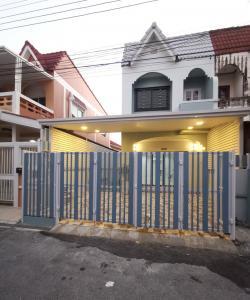 ขายบ้านบางใหญ่ บางบัวทอง ไทรน้อย : ขายทาวน์เฮ้าส์สวยพร้อมอยู่ ม.บัวทอง2 ที่เยอะเหมือนหลังริม ติดรถไฟฟ้าสายสีม่วง บางบัวทอง นนทบุรี