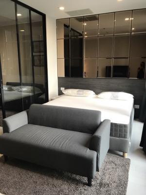 For RentCondoWitthayu,Ploenchit  ,Langsuan : Condo for rent, Noble Ploenchit, size 45 sqm., 29th floor, 1 bedroom, 1 bathroom, price only 39,000 baht.