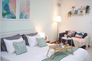 For SaleCondoRatchadapisek, Huaikwang, Suttisan : (Owner post) Urgent !! Condo for sale Supalai City Resort Ratchada-Huaykwang, beautiful room, new decoration