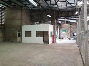 For RentWarehouseRatchadapisek, Huaikwang, Suttisan : RKJ033 warehouse for rent with office. Near KPN Rama 9 Building