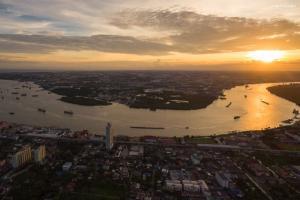 For RentCondoSamrong, Samut Prakan : 🔥🔥🔥 Urgent rent: Knightsbridge Sky River Ocean Condo🔥🔥🔥
