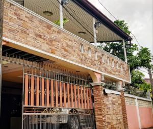 For SaleHouseOnnut, Udomsuk : House for sale 60 wa Soi Sukhumvit 64/1 Bangchak-Udomsuk, near BTS Punnawithi, 3-way access to Sukhumvit, next to expressway