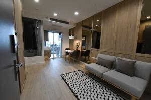 For RentCondoOnnut, Udomsuk : 2900-A😊 For RENT 1 bedroom for rent 🚄 near BTS Punnawithi 🏢 The Room Sukhumvit 62 The Room Sukhumvit 62 Area: 45.00 sq.m. 💲 Rent: 22,000 ฿ 📞O86-454O477, O99-5919653 ✅LineID: @sureresidence