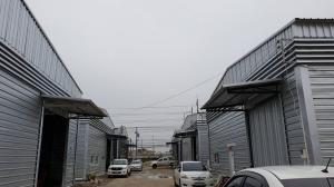 For RentWarehouseChengwatana, Muangthong : Warehouse for rent, cheap price !! Size 240 sq m, the entrance to Soi Chaengwattana - Pak Kret 19, opposite Central Chaengwattana, Pak Kret, Nonthaburi