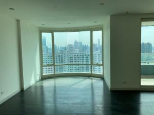For SaleCondoWongwianyai, Charoennakor : A.N - Condo for sale, Watermark Chaophraya River, area 242 sq m. 3bedrooms, 4bathrooms, near BTS Krung Thon Buri