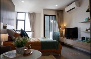 For RentCondoSukhumvit, Asoke, Thonglor : HG-0018 Rhythm Ekkamai Condominium for rent. Beautiful view room, very new Facing east Ready to move in.