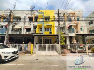 For SaleTownhouseKasetsart, Ratchayothin : Townhouse 3 floors, 17 square meters, Thanayakarn University, Soi Watcharaphon 2/5