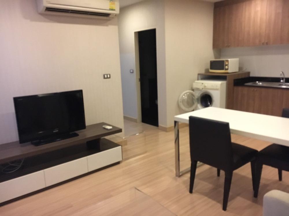 For RentCondoSukhumvit, Asoke, Thonglor : ✨For Rent Corner Unit 2 Bed, Tree Condo Ekkamai, Near BTS✨