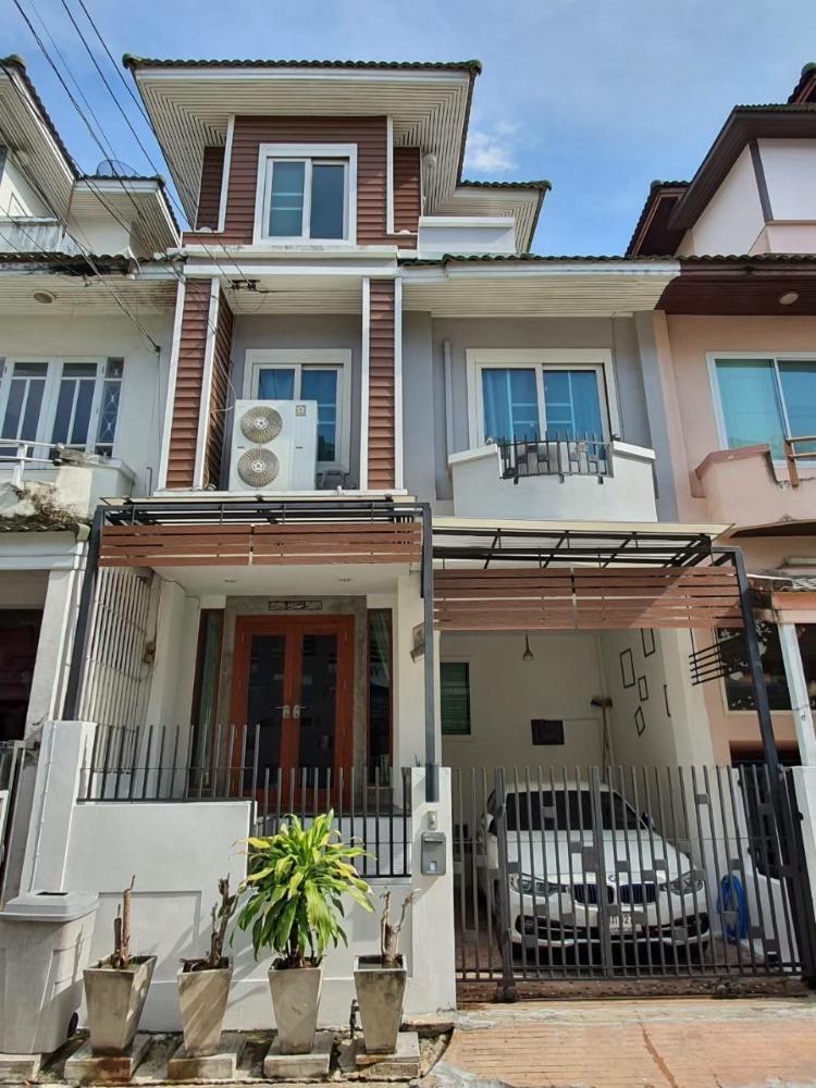 For SaleTownhouseRangsit, Patumtani : Townhouse for sale, beautiful, ready, good location, Rangsit area, Chom Fah Village, Rangsit Klong 2