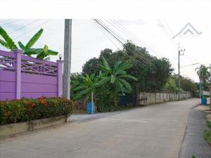 For SaleLandNakhon Pathom, Phutthamonthon, Salaya : Land for sale in Samphran area (Soi Thong Dee) 3 rai near Wat Rai Khing, Petchkasem Road, Yai Cha Subdistrict, Samphran District, Nakhon Pathom Province, selling price 16,578,375