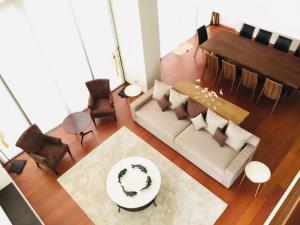 For RentCondoSathorn, Narathiwat : The Sukhothai Residence 3beds/4baths+Jacuzzi 328 sq.m., 210k only