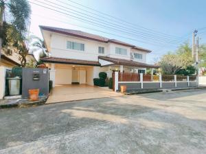 For SaleHouseRamkhamhaeng,Min Buri, Romklao : Single house 102.6 sq.wa., behind the corner, add 1 more house, very good value, beautiful location, ready to move in Royal Parkville Village Suwinthawong 44