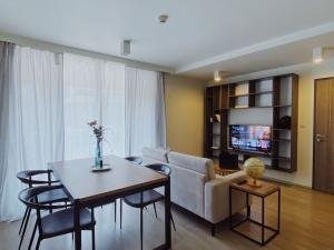 For RentCondoWitthayu,Ploenchit  ,Langsuan : For rent Maestro 02 Ruamrudee, beautiful room, ready to move in, fully furnished.