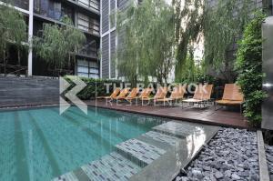 For SaleCondoSukhumvit, Asoke, Thonglor : Best Price!! Pool View Condo for Sale Near BTS Ekkamai - Mode Sukhumvit 61 @7.99 MB.all in