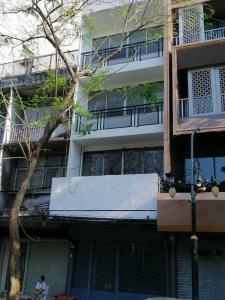 For RentShophouseSilom, Saladaeng, Bangrak : For rent commercial buildings next to Silom Road.