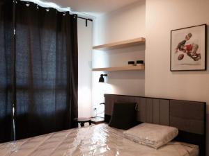 For RentCondoRama9, RCA, Petchaburi : Rent Lumpini Park Rama 9, Building B, garden view, 2nd floor, room size 26 sqm. 1 bedroom, 1 bathroom, price 8500