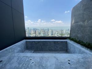 ขายคอนโดสุขุมวิท อโศก ทองหล่อ : บีทนิค (BEATNIQ) คอนโดมิเนียมระดับ Super Luxury มีสระส่วนตัว 3 ห้องนอน 4 ห้องน้ำ