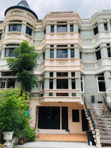 For RentTownhouseNana, North Nana,Sukhumvit13, Soi Nana : FOR RENT HOME & OFFICE ASOK-PHROM PHONG, Moo Bann Chicha castle for rent on Sukhumvit soi 31