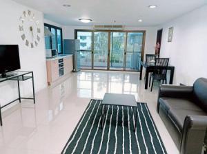 For RentCondoSukhumvit, Asoke, Thonglor : Condo for rent, ready to move in, The Waterford Park Sukhumvit 53 condominium 65 sqm.