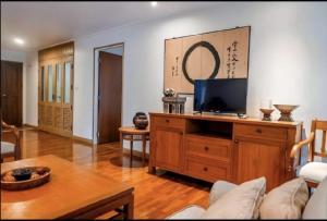 For RentCondoSathorn, Narathiwat : House for rent, Pruksasiri 2, Soi Suan Phlu, South Sathorn Rd., 130 sq m, 3 bedrooms, 3 bathrooms.