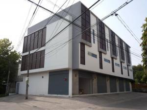 For SaleShophouseBangna, Bearing, Lasalle : 3-storey commercial building, Bearing 54, near Srinakarin Road.