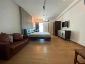 For SaleCondoRama9, RCA, Petchaburi : For sale Supalai Park Ekkamai-Thonglor Tel: 094-3546541 Line: @luckhome Code: LH00123