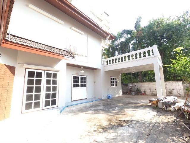 For RentHouseRama 8, Samsen, Ratchawat : 2 storey detached house for rent, Pradiphat, Phayathai, Rama 6 area.