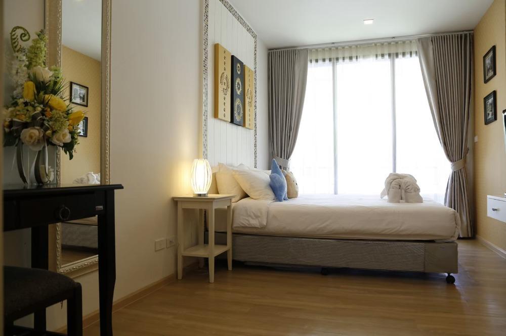 For SaleCondoCha-am Phetchaburi : Urgent sale, Baan San Kraam Condo, Hua Hin, beach front resort, size 64.27 sqm. 2 bedrooms, 2 bathrooms, price 5.3 million, beautifully decorated, fully furnished.