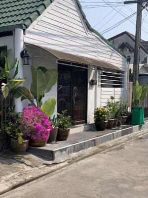 เช่าทาวน์เฮ้าส์/ทาวน์โฮมวิภาวดี ดอนเมือง หลักสี่ : ให้เช่าบ้าน ทาวน์เฮ้าส์ 2 ชั้น หมู่บ้านชวนชื่น บางเขน (Chuan-Chuen Bang Khen) ซ.11 ทุ่งสองห้อง เขตหลักสี่ ใกล้สนามบินดอนเมือง