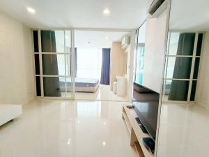 For SaleCondoPattanakan, Srinakarin : Condo for sale Element Srinakarin 37 sqm. 8th floor opposite Seacon Square 0982688955.