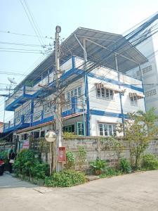 ขายตึกแถว อาคารพาณิชย์สำโรง สมุทรปราการ : ขายบ้านเดี่ยวกึ่งพาณิชย์ 71ตรว. ใกล้สินแพทย์ เทพารักษ์70 ทำบ้านเช่าได้