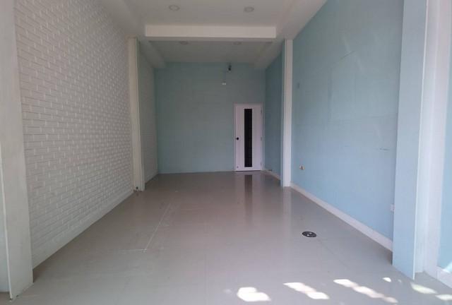 เช่าตึกแถว อาคารพาณิชย์สีลม ศาลาแดง บางรัก : ให้เช่าอาคารพาณิชย์1คูหา ย่านสีลม ใกล้BTSศาลาแดง เหมาะกับหลายธุรกิจ hostel, ร้านอาหาร