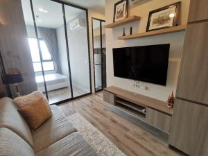 For RentCondoKasetsart, Ratchayothin : Condo for rent, Knightsbridge Prime Ratchayothin, 1 bedroom (closed kitchen), next to BTS Phahon Yothin 24, near Ratchayothin intersection. Opposite the Elephant Building