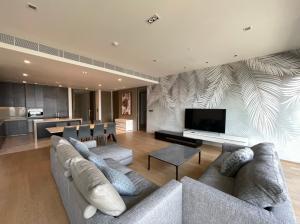 For RentCondoSilom, Saladaeng, Bangrak : For Rent: 3 Bedrooms at Saladaeng One Fully Furnished Lumpini Park View