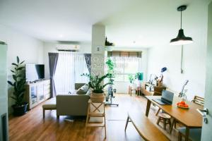 For SaleCondoRathburana, Suksawat : Quick sell at a loss! 2 bedrooms, fully furnished, ready to see the real room
