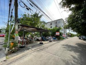 For SaleLandBang kae, Phetkasem : Land for sale in good location, cheap price, 181 sq.w., Petchkasem 77 intersection 4-11.