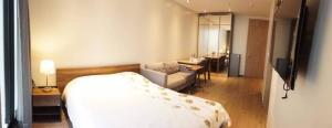 For RentCondoSukhumvit, Asoke, Thonglor : For Rent PARK 24 near BTS Phrom Phong @JST Property.