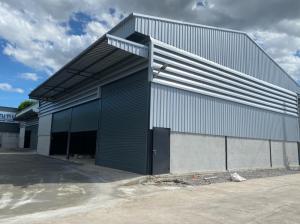 For RentWarehouseEakachai, Bang Bon : Ekachai Bangbon Road for rent, 300 square meters warehouse, new building with office, on Bang Bon 4 Road, 5 km from Kanchanaphisek Road