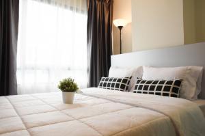 For RentCondoNawamin, Ramindra : !! Nice room for rent, Condo H2 Ramintra 21 (H2 Ramintra 21) Glo Building.