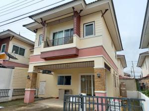 For SaleHouseBang kae, Phetkasem : Twin houses for sale near MRT Lak Song, Bang Khae Thawi Watthana, Nong Khaem, Phutthamonthon.