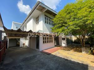 For SaleHouseRamkhamhaeng, Hua Mak : house for sale Northern Thai Village Town in town