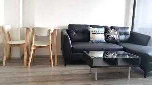 For RentCondoRama9, RCA, Petchaburi : Ideo mobi asoke 1 bedroom new room.