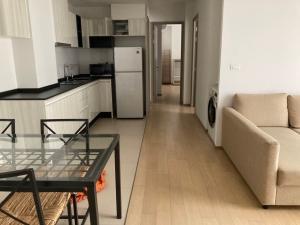 ขายคอนโดสุขุมวิท อโศก ทองหล่อ : ขายคอนโด HQ Thonglor by Sansiri ขนาด 79.79 Sq.m 2 bed 2 bath  ราคาเพียง 15.99 MB เท่านั้น !!!!!