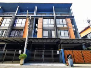 For SaleTownhouseChengwatana, Muangthong : Sale Townhome 3.5 floors HAUS35 Chaengwattana 35 near the expressway 5 minutes.