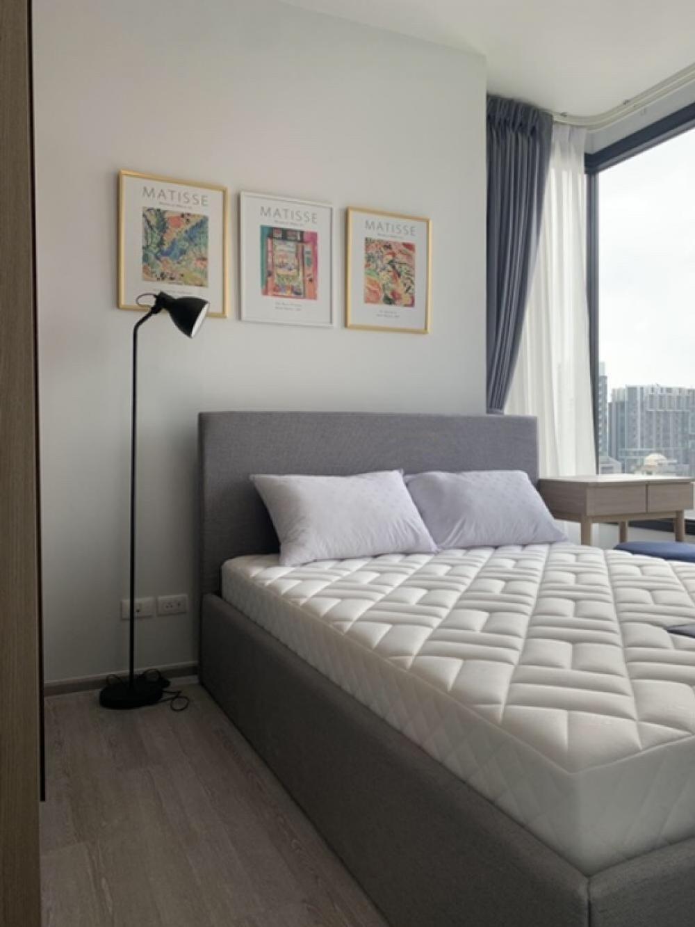 For RentCondoSukhumvit, Asoke, Thonglor : For rent, XT Ekkamai, in the heart of Ekkamai, size 1 bedroom, 30 sq.m., 10th floor, corner room.