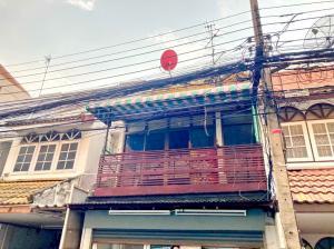 For RentTownhouseRatchadapisek, Huaikwang, Suttisan : 2145-A😊 For RENT ให้เช่า ประชาราษฎร์บำเพ็ญ 8 2 ชั้น,🚪3 ห้องนอน🚄ใกล้ MRT ห้วยขวาง🏢ประชาราษฎร์บำเพ็ญ 8🔔พื้นที่บ้าน:17.00ตร.วา🔔พื้นที่ใช้สอย:136.00ตร.ม.💲เช่า:15,000฿📞O99-5919653✅LineID:@sureresidence